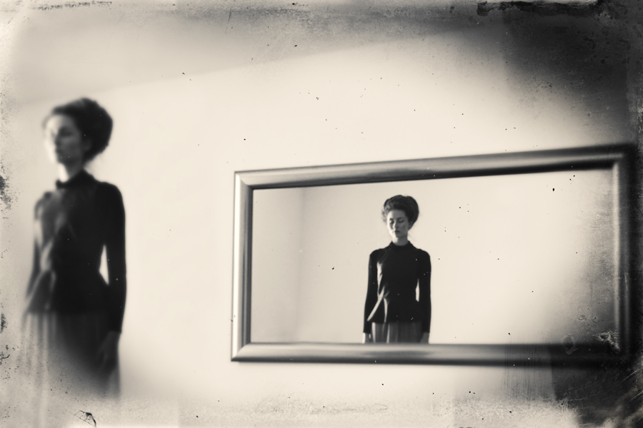 robert-hutinski_zrcalo-5