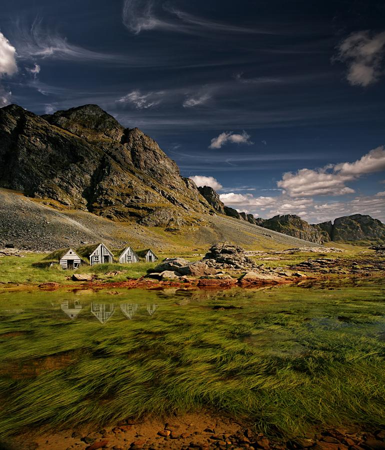 Old Icelandic Farm 900
