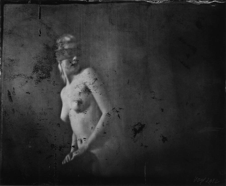 24_Renata Vogl_scanned original ferrotypie,waiting No1, original size 18x15 cm