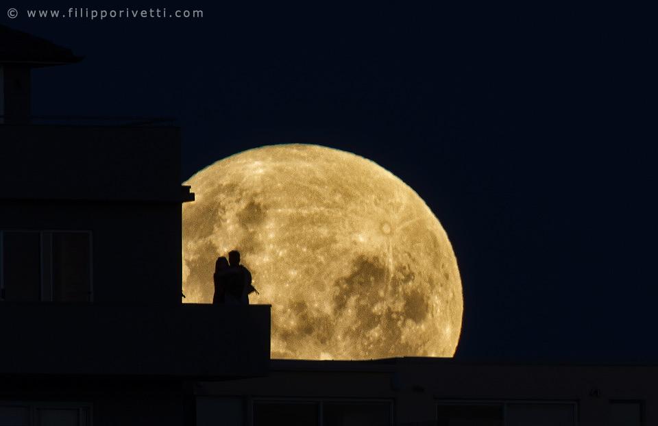Moon Love, Australia