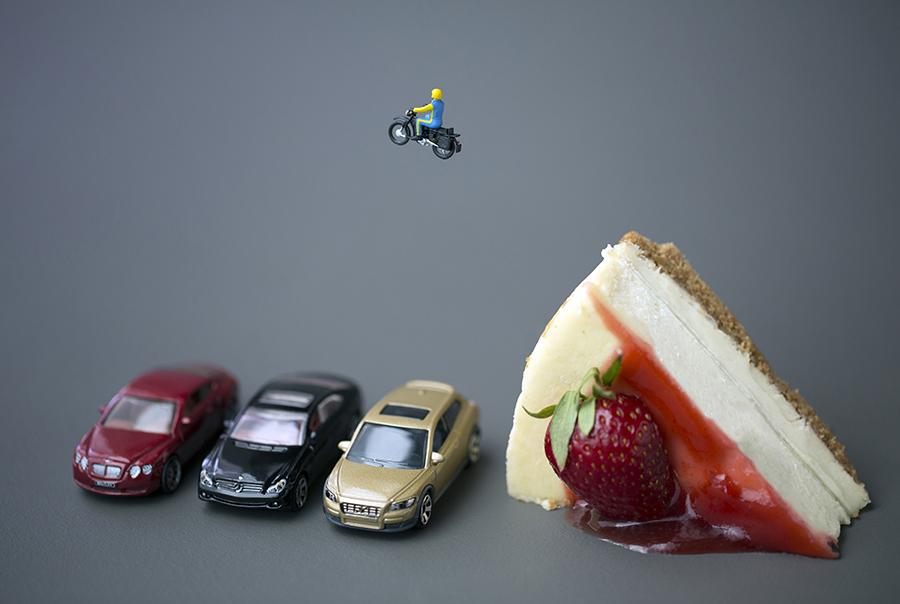 cheesecake daredevil 900px by Christopher Boffoli