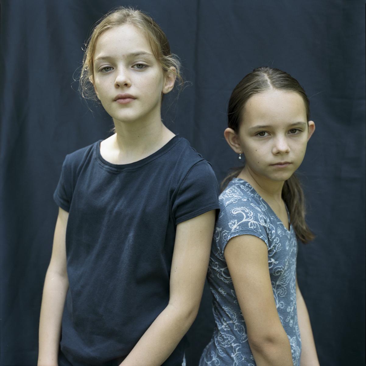 011_Claire & Sonia