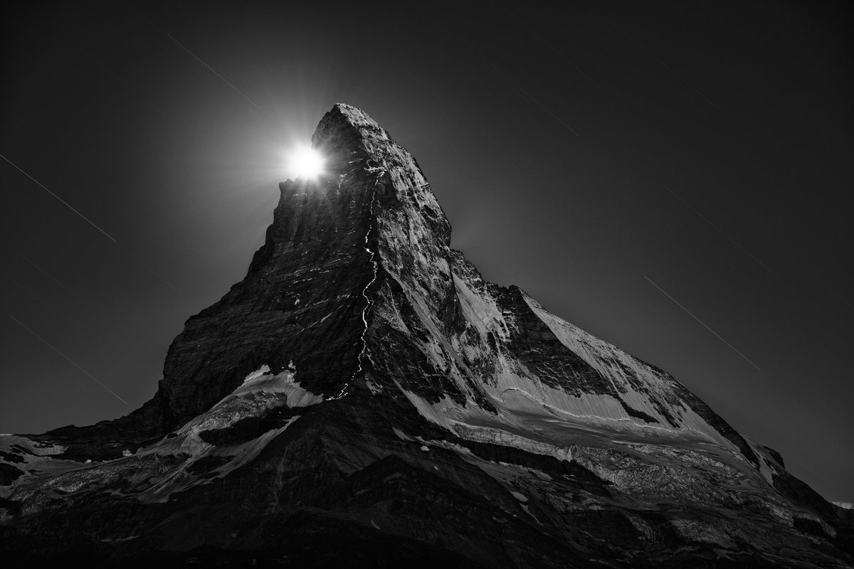12_Climbers-Ascent-With-Flashlights-at-Full-Moon-2013