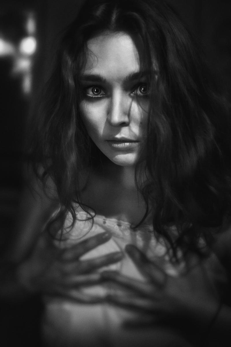 Arna -9612- portrait#4 - mitja kobal - srgb