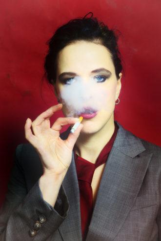 Smokin'Hot_2013_Lilith_selfportrait