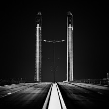A bridge over the dark Arnaud Bertrande