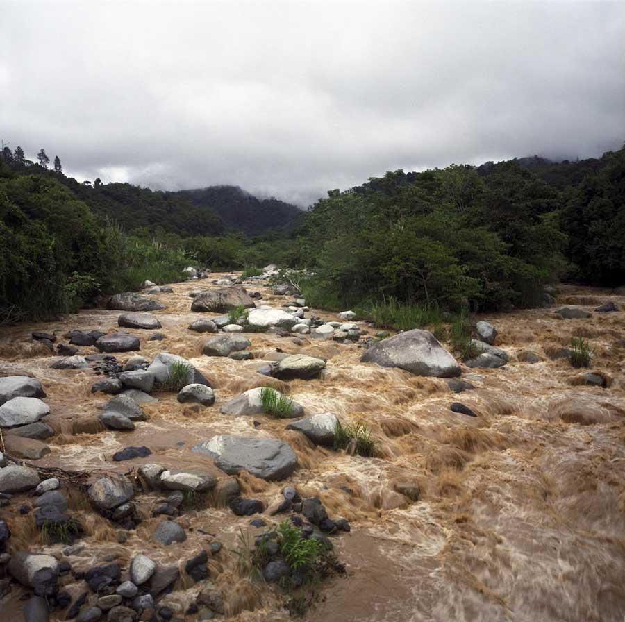 Documentary photography 03- Hai Zhang _Awaing the Rain