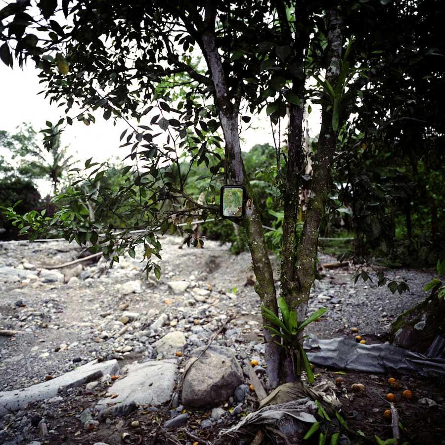 Documentary photography 04-HaiZhang_Awaing the Rain