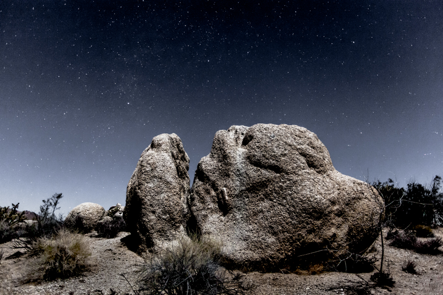 Night photography / Tom Lowe Easter_Rock