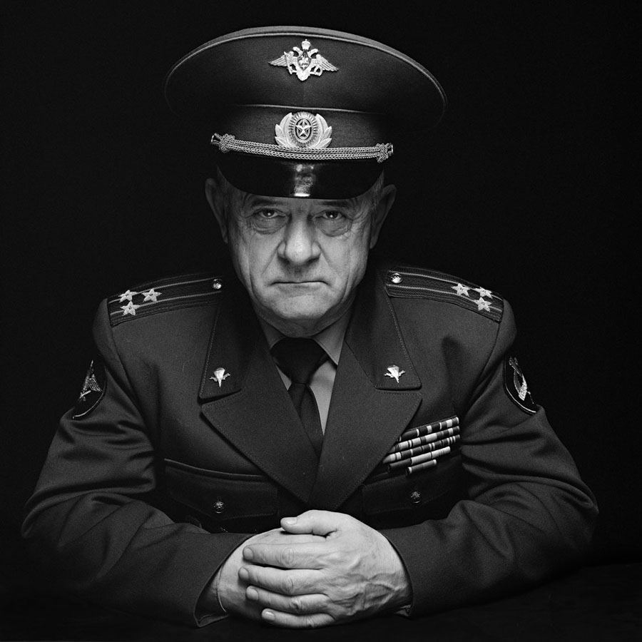 Dmitri Beliakov - Vladimir Kvachkov, Colonel, GRU Special force. Afghan campaign veteran. Later was in charge of 15th GRU brigade, and took part in fight against islamist forces in Tajikistan. Later was advisor of Bosnian serbs during civil war in Serbia. Later consulted the Russian army headquarter at Khankala, Chechnya. Kvachkov was a key suspect in connection with an assassination attempt on father of Russian privatisation Anatoly Chubais. In 2010 Kvachkov was arrested again on another accusation of anti-constitutional plot against Vladimir Putin' regime.