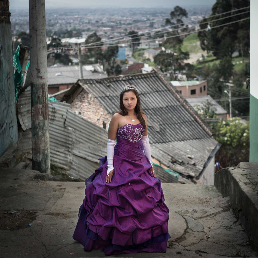 """Natalia Calderon, Bogotá, Décembre 2014 Natalia's mother hasn't had a chance to celebrate her quinceañera. It was very important to her to organize an unforgettable party for her daughter. As she explains: """"It happens only once in your life ..."""" 100 people attended the party."""