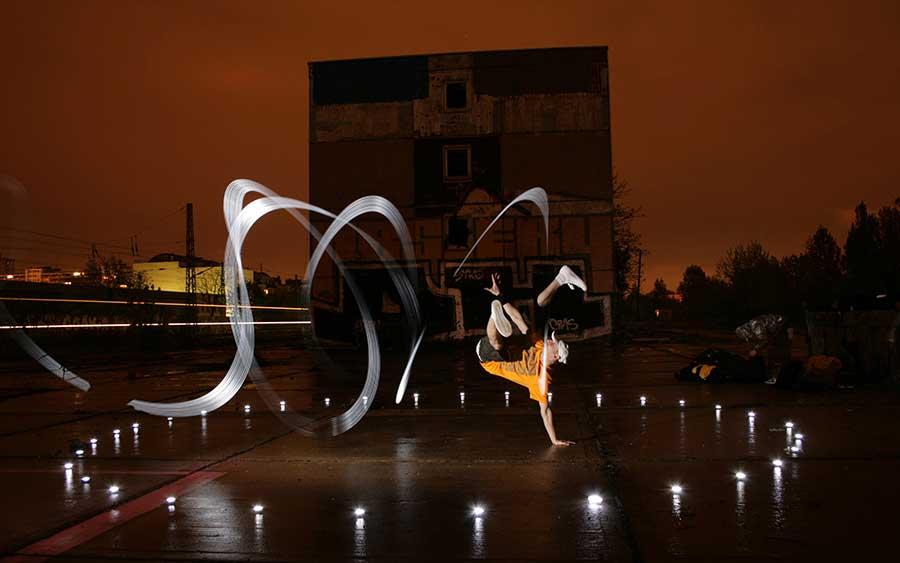 Flying-Steps-bboy-by-Chris-Noelle