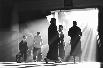 fan-ho-into-the-light-07