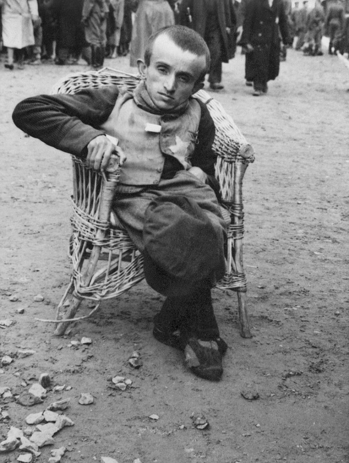 Auschwitz Album. After the selection. Not able-bodied men, 1944_1