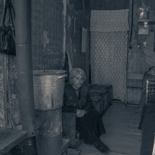 Gyumri Woman living in lodge