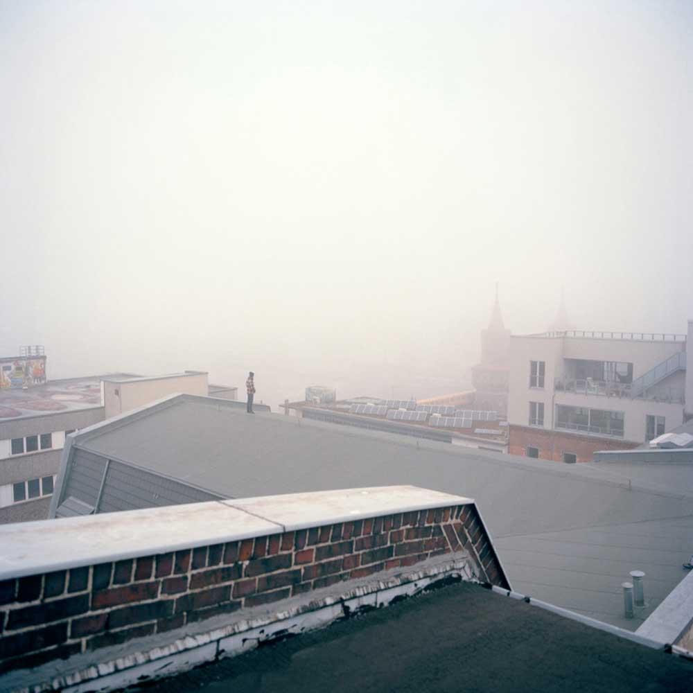 "untitled, Auszug aus dem Fotobuch ""burning down the house, 2007-2012"""