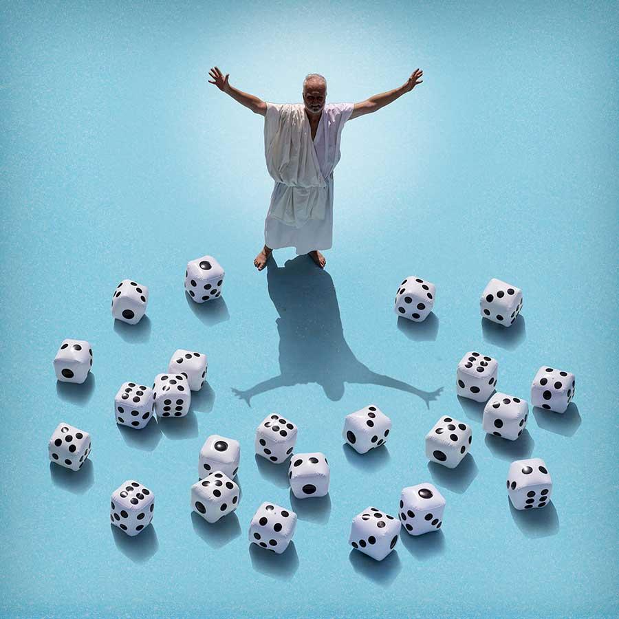 _30__God does not play to the dice_alicia-moneva