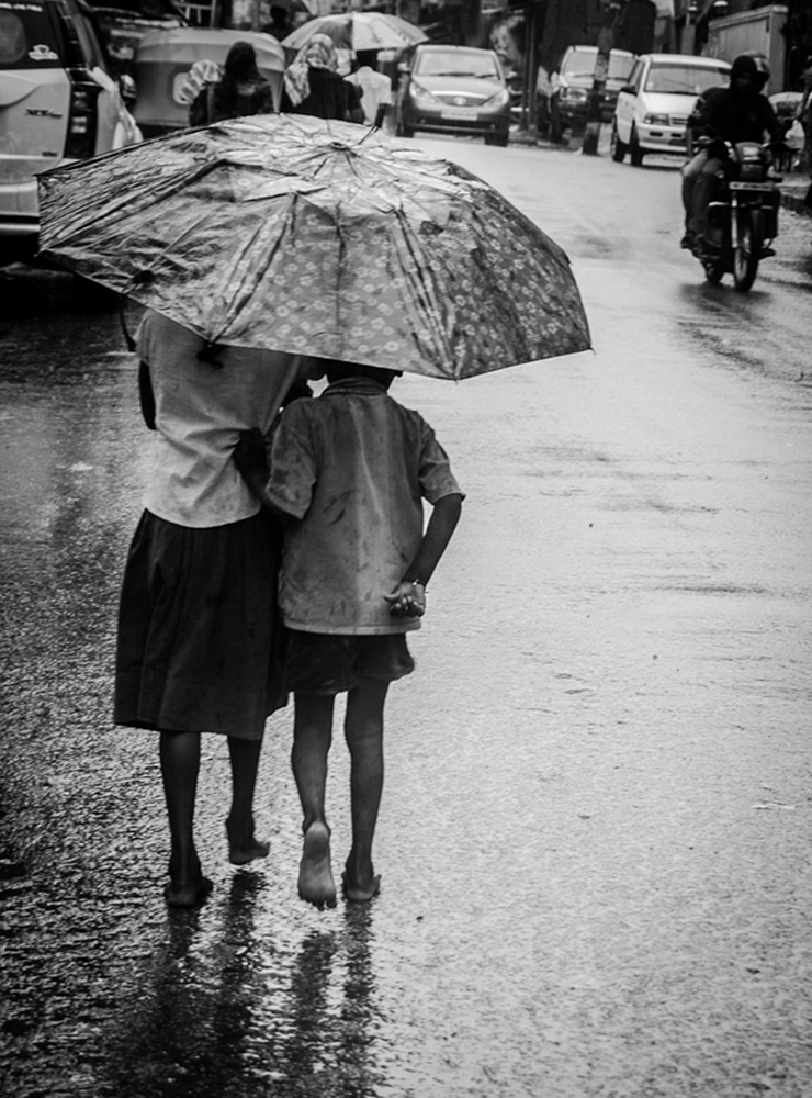 Feeling the rains barefoot3