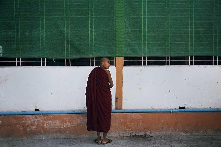 Inside Myanmar Monasteries_03
