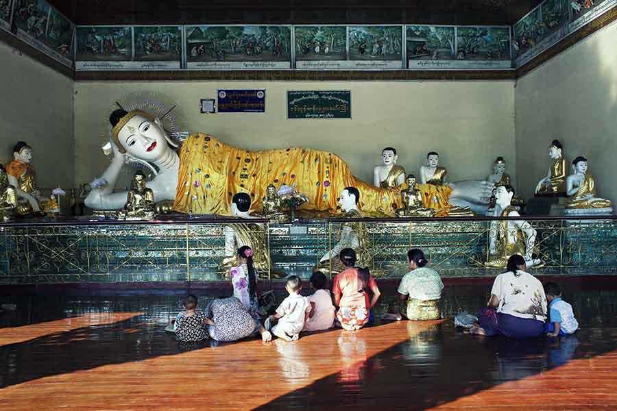 Inside Myanmar Monasteries_04