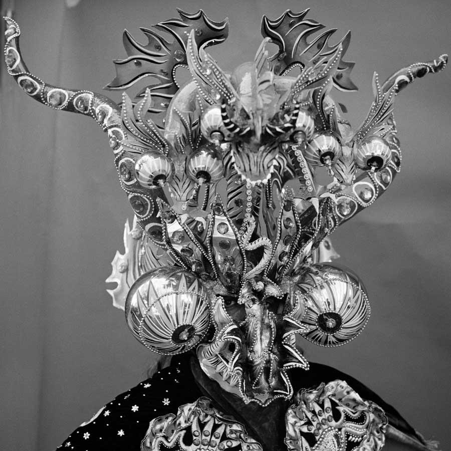 La danza de los Diablos by Leandro Viana