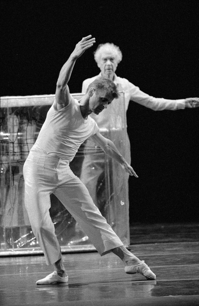 Mikhail Baryshnikov - Body Metaphysics / Robert Whitman