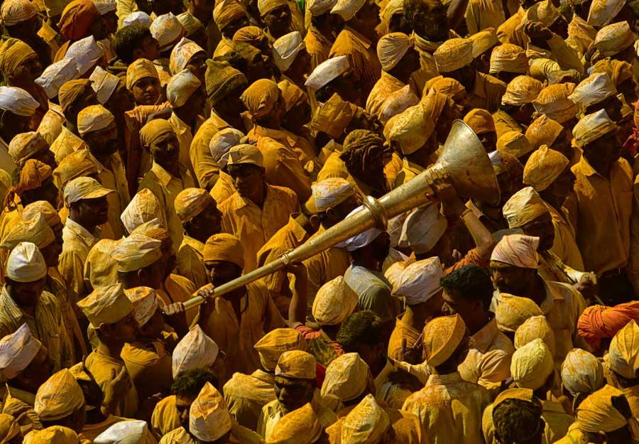 Bhandara -The Golden Festival of Jejuri / Arun Saha