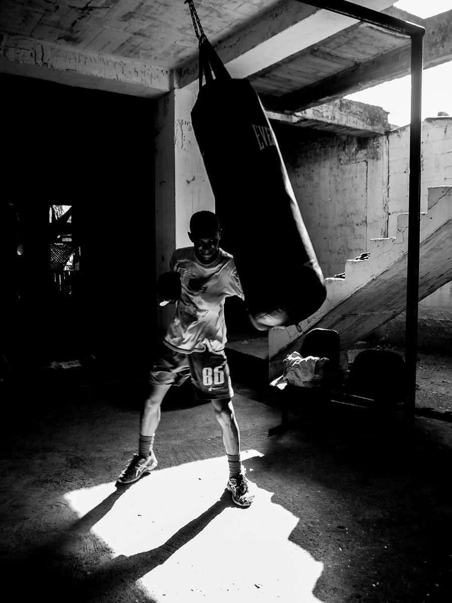 Theo Gould / El Gimnasio Hermanos Manchego