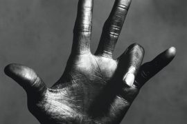 Irving Penn: The Hand of Miles Davis, New York, 1949-1950 © The Irving Penn Foundation