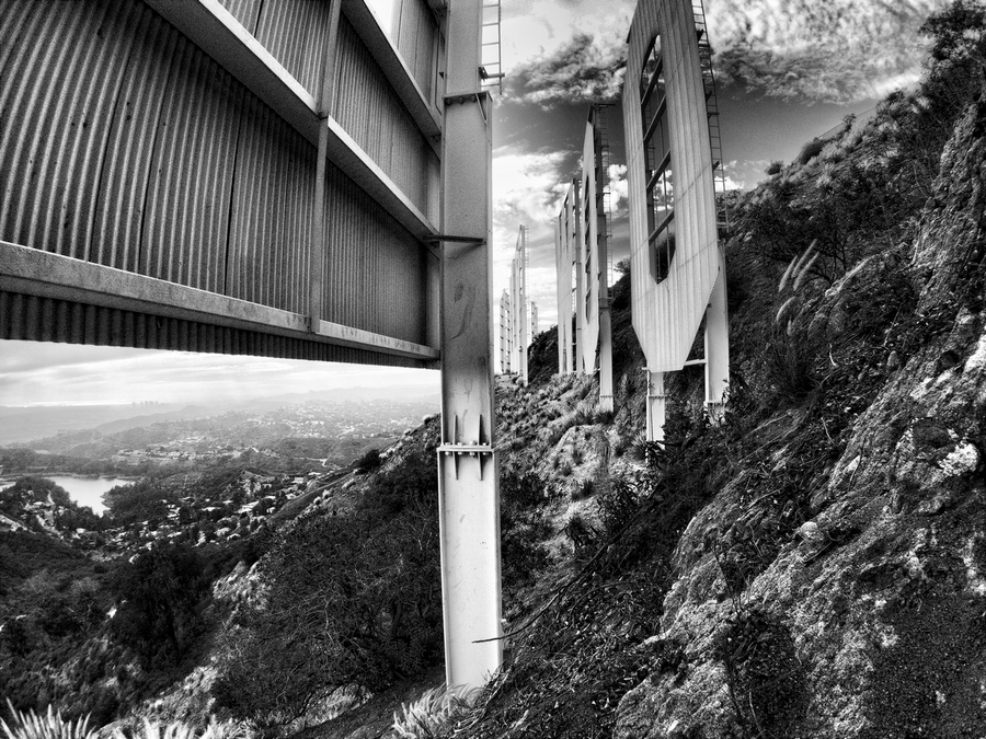 The Hollywood Sign: New Perspectives / Ted VanCleave