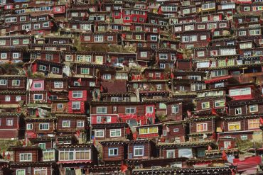 Little houses of Tibetan Buddhist nuns and monks by Shinya Itahana