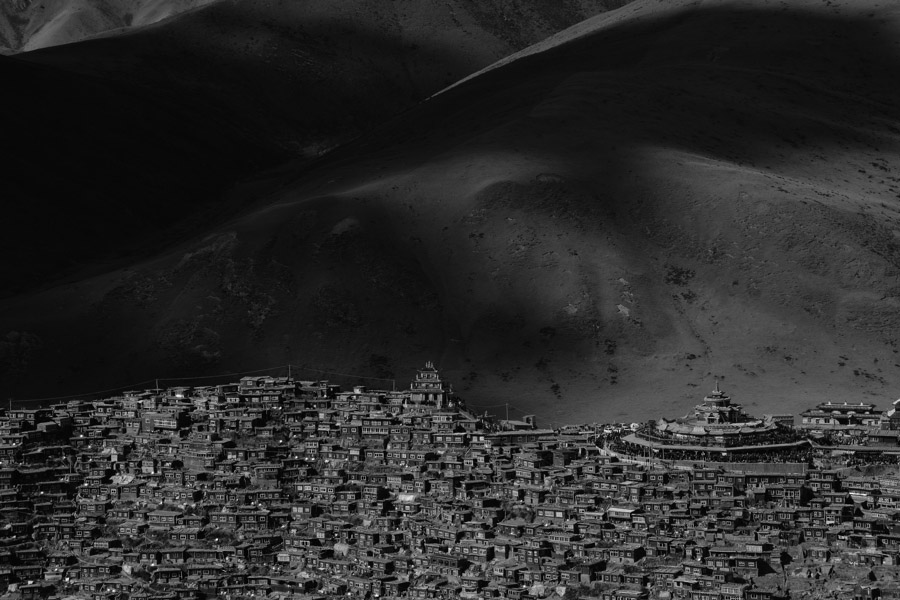 Little_houses_of_T_BW_04