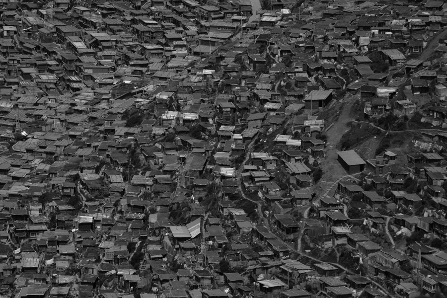 Little houses of Tibetan Buddhist nuns and monks | Shinya Itahana