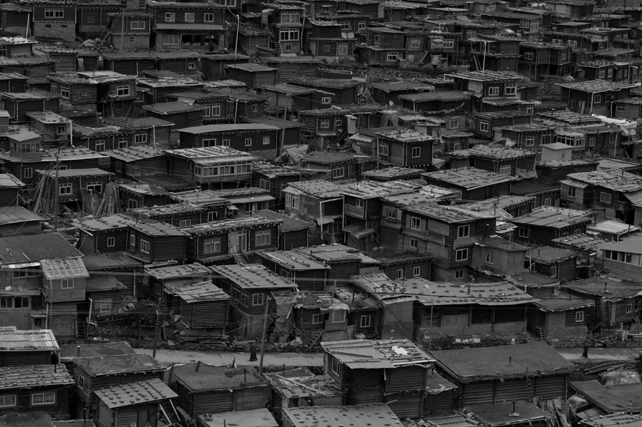 Little_houses_of_T_BW_11