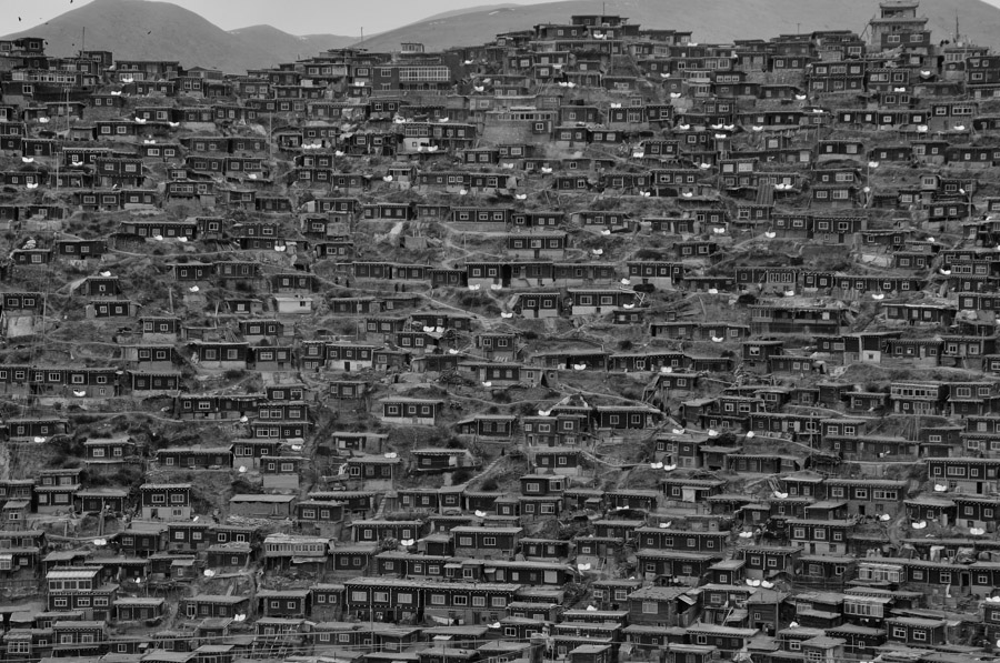 Little_houses_of_T_BW_16