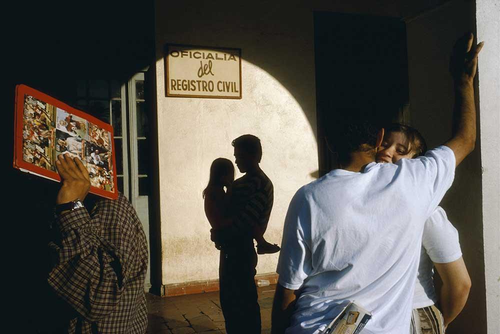 © Alex Webb / Nuevo Laredo, Mexico, 1996