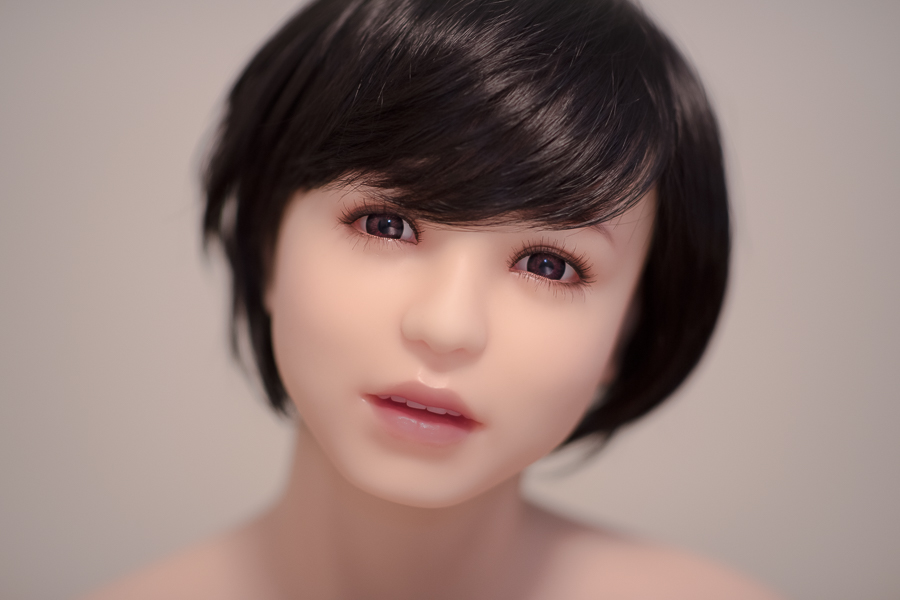 June Korea - Still Lives: Eva