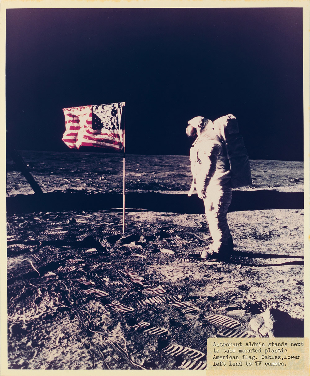 neil armstrong on the moon - HD 1000×1214