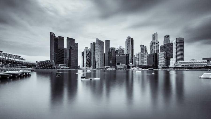 Bin Uthup ; City-Monochrome