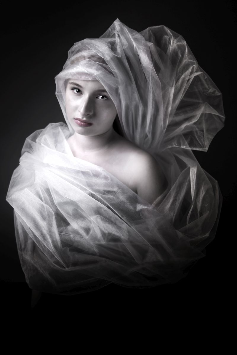 Mark Isarin | Conceptual fine-art and portrait photographer