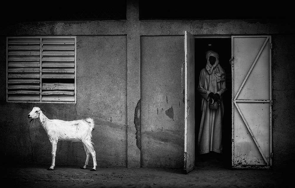 Chasing Mirrors | Joxe Inazio Kuesta