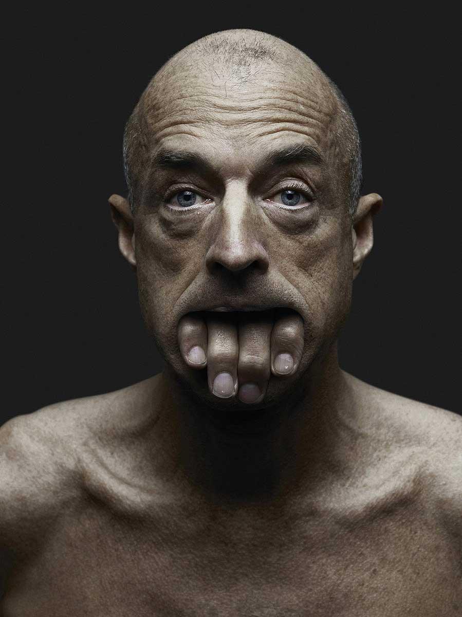 Daniel | Ô les mains by Jeffrey Vanhoutte