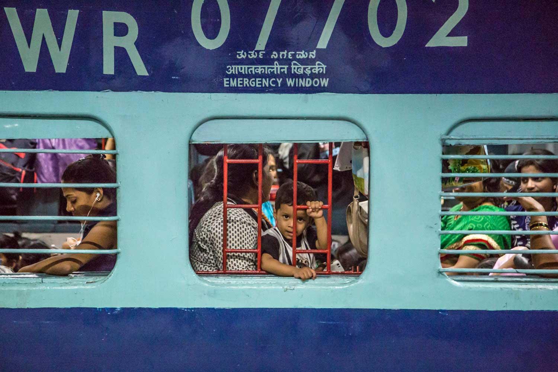 MumbaiBoundDODHO-17