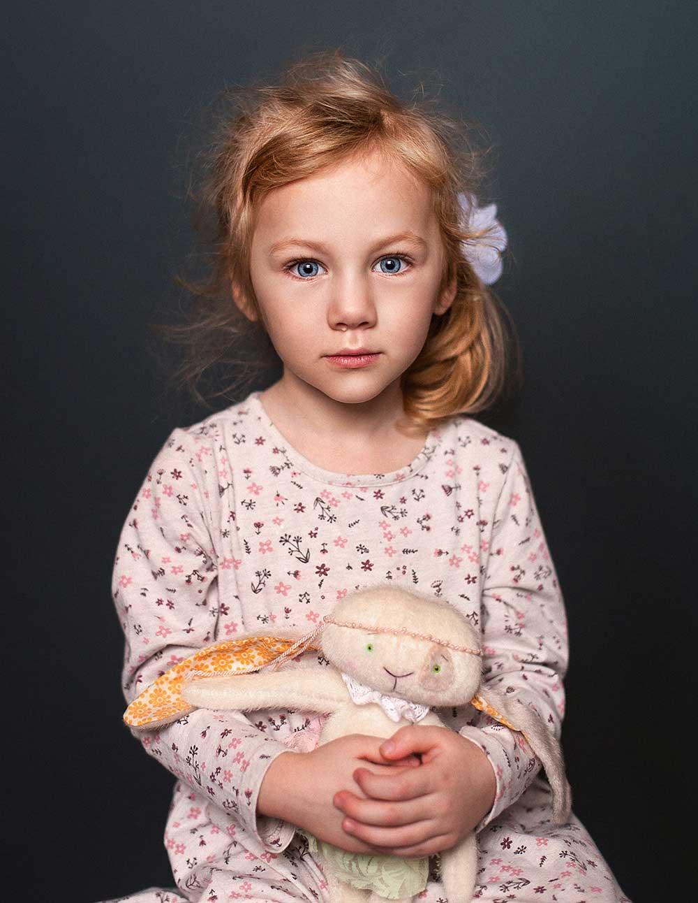 Portrait Photography ; Tatsiana Tsyhanova