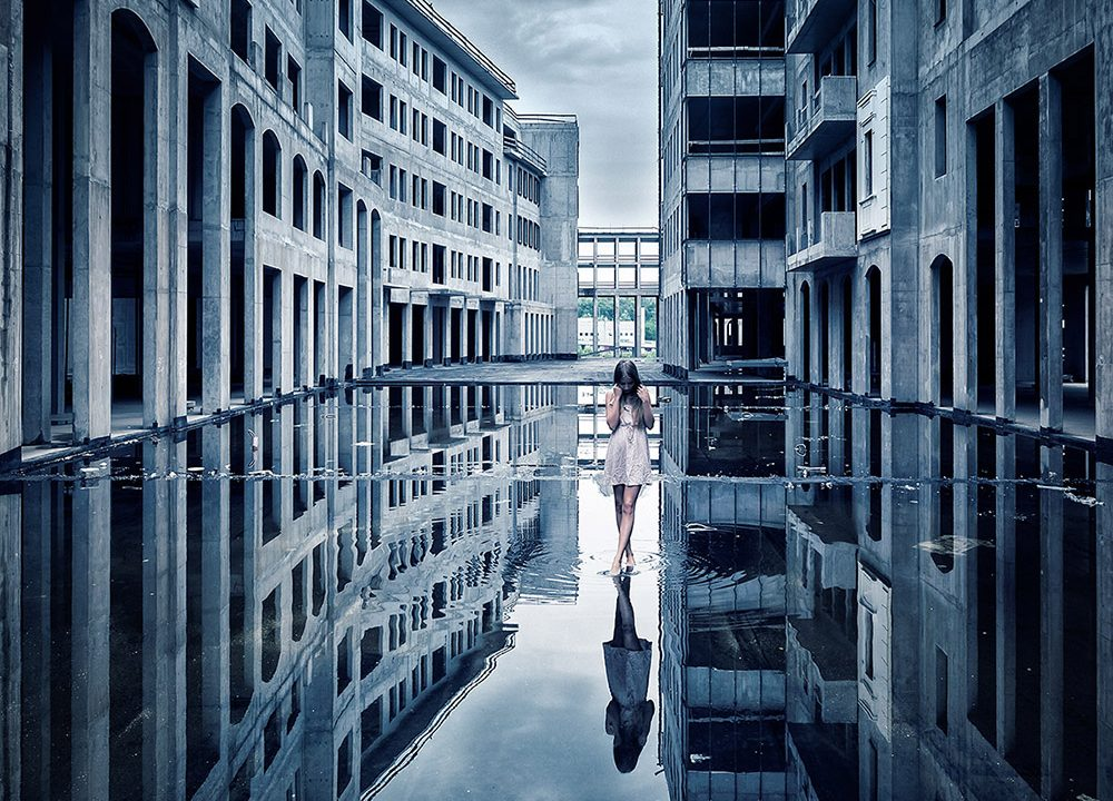 Peter Zelei ; Nudes and architecture