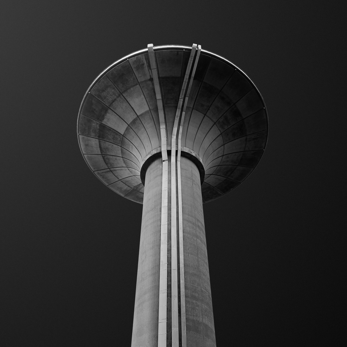 Water towers of Luxembourg : A Pictographic Study | Gediminas Karbauskis