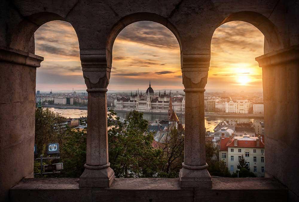 Morning-in-Budapest