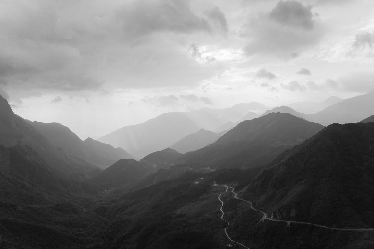 Mountainland: Vietnamese Photographs | Sascha Richter