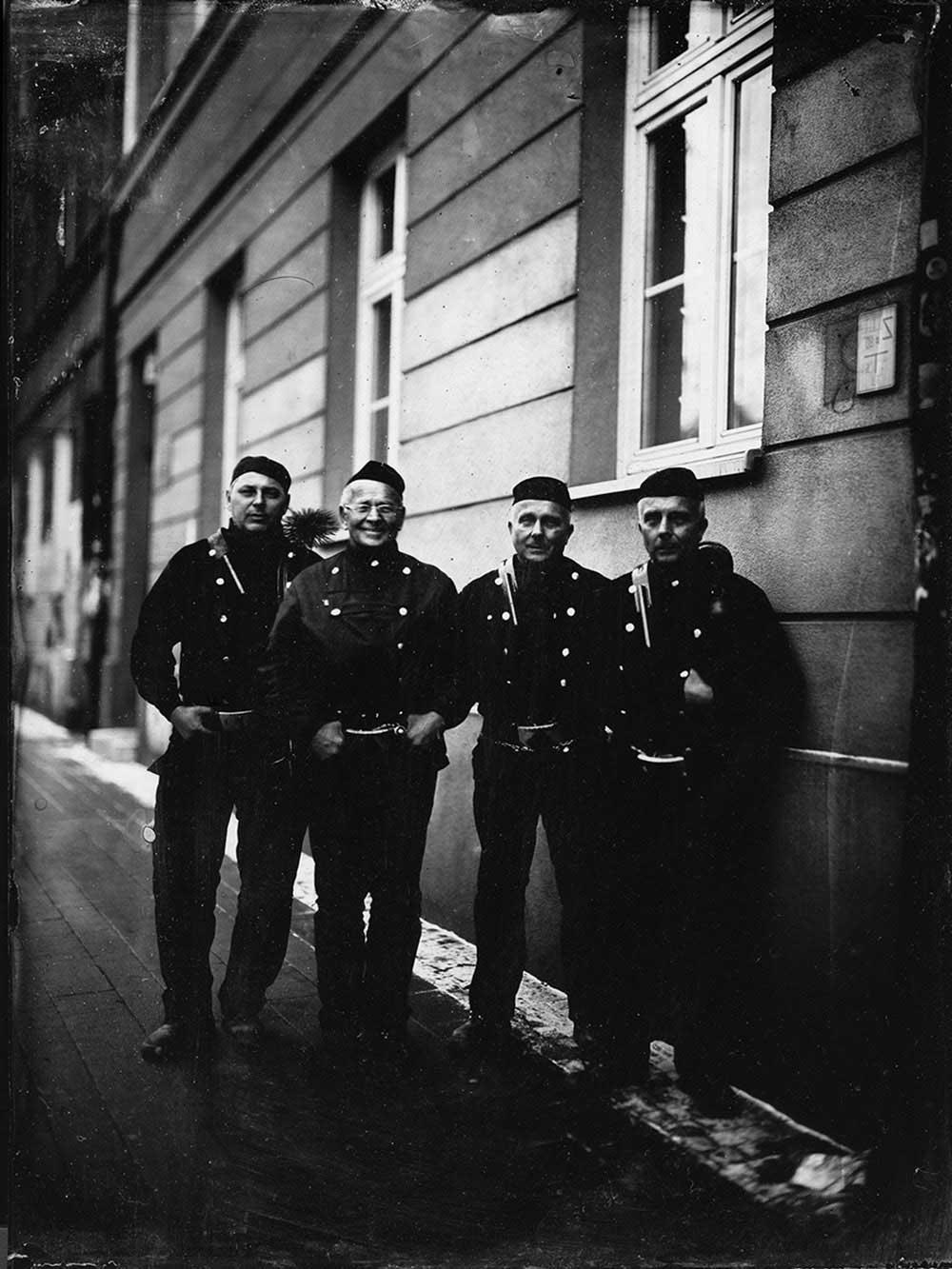 marzena-kolarz-black-portraits-(13)