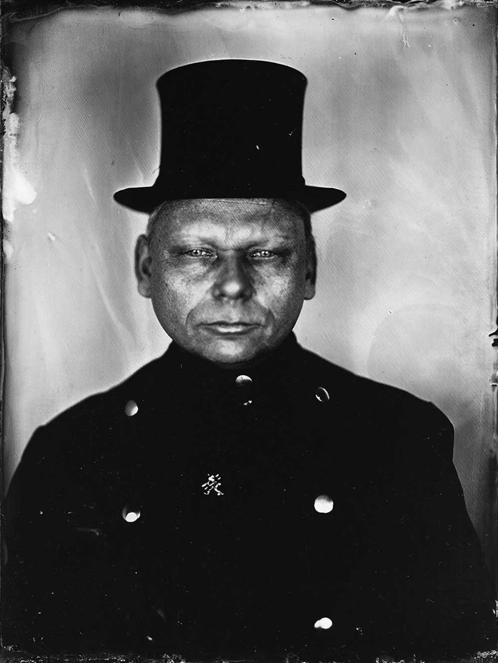 marzena-kolarz-black-portraits-(17)